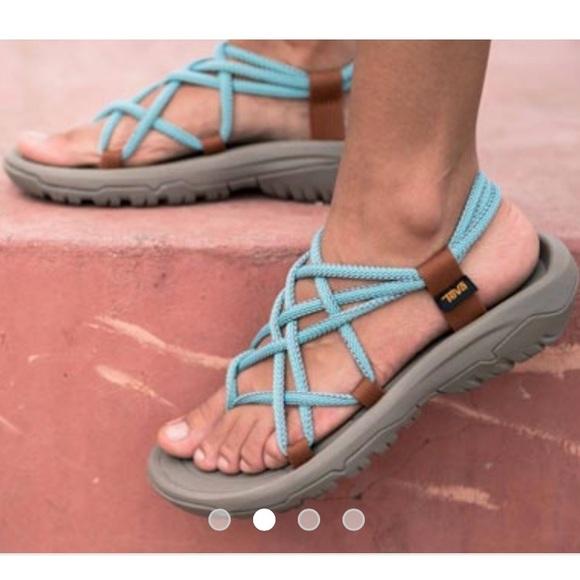 Teva Hurricane XLT Sandals White Women´s shoes,teva stock